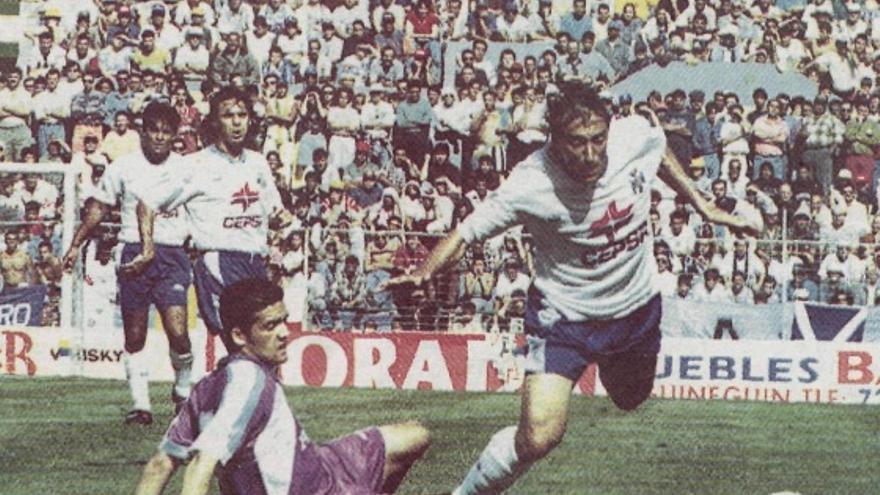 30 años de la llegada del 'salvador' Paqui al CD Tenerife