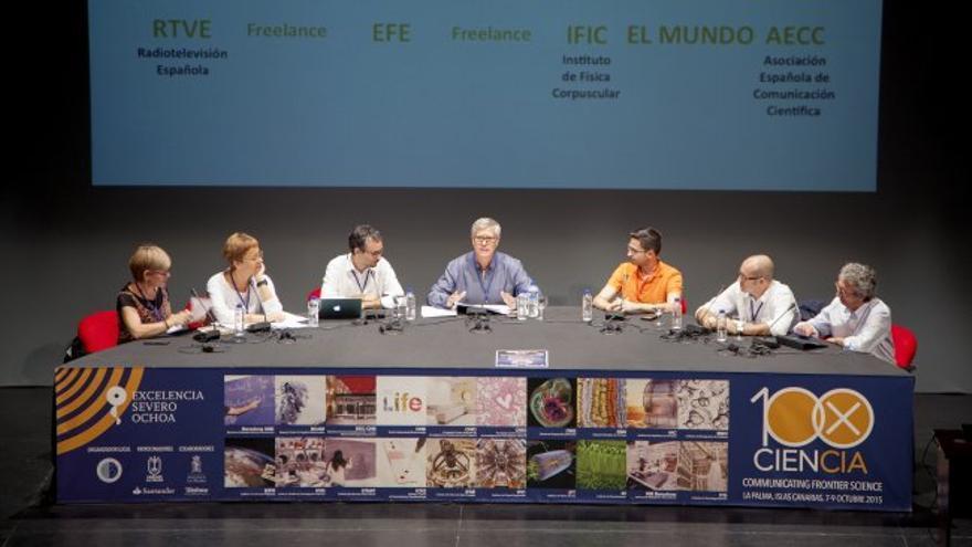 Participantes en la mesa redonda 4 del foro '100xCiencia'. Créditos: Inés Bonet (IAC)