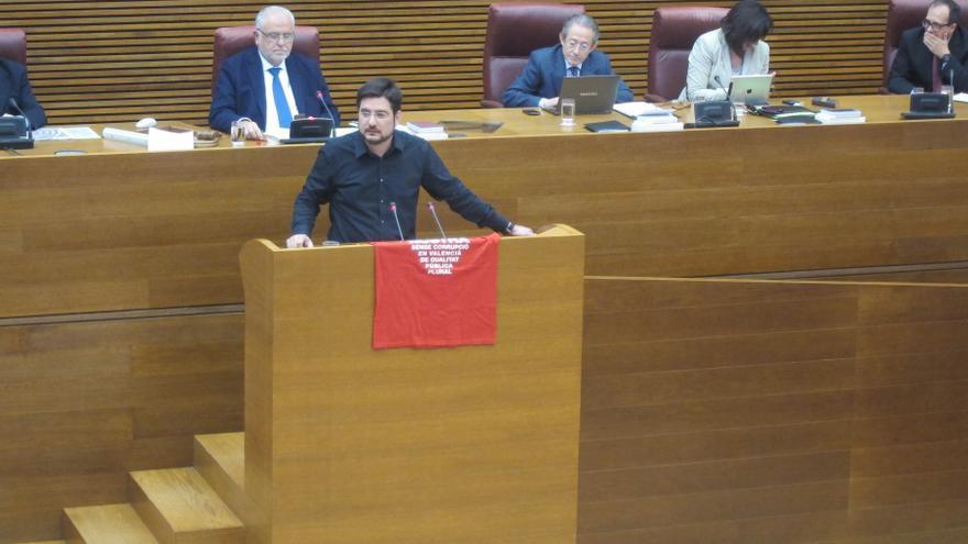 El PP valida en las Corts el decreto del Consell por el que nombró a sus consejeros sin pasar por la Cámara