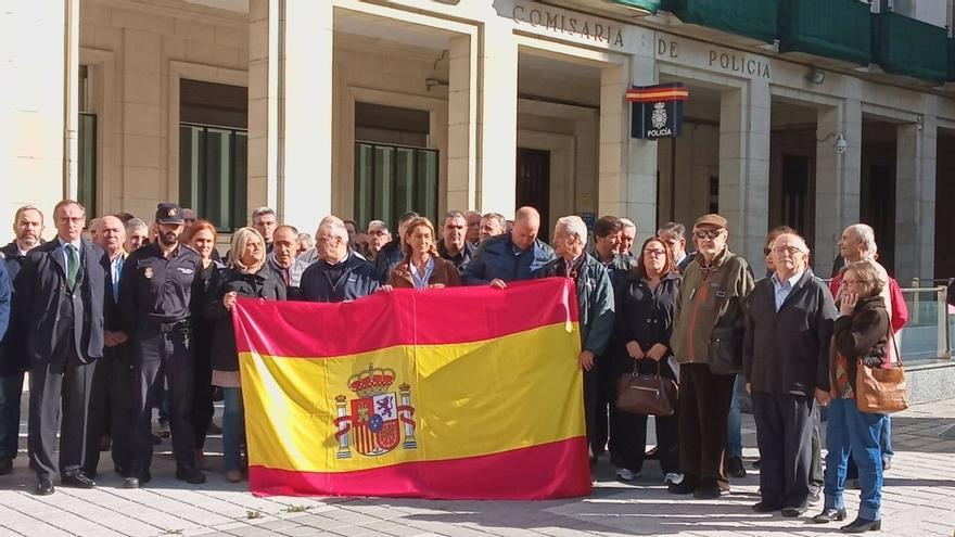 """Sindicatos policiales reclaman en Vitoria """"más medios"""" para actuar ante el """"terrorismo callejero"""" de Cataluña"""