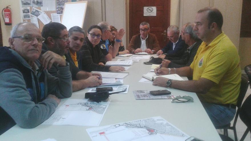 En la imagen, reunión sobre la seguridad en el Carnaval de la capital.