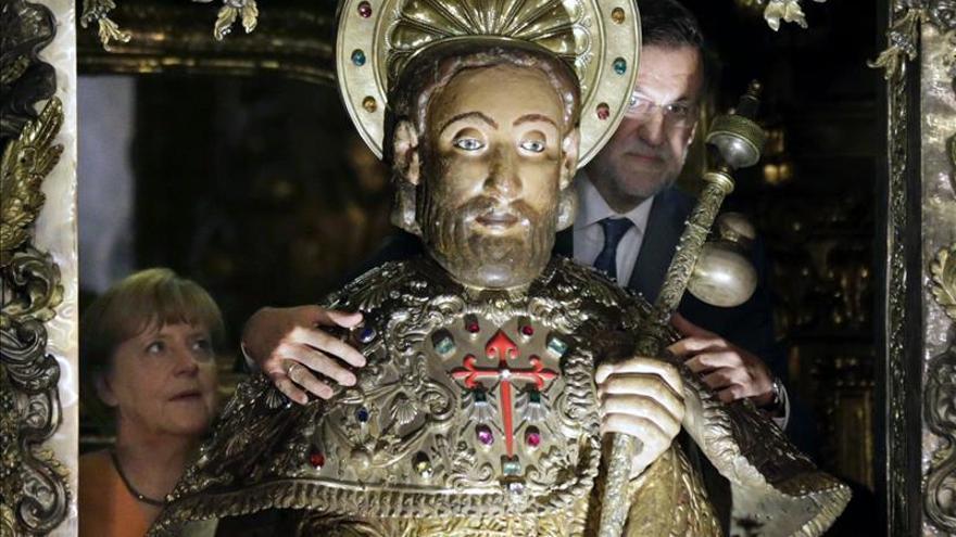 Rajoy y Merkel adelantan su visita a la catedral de Santiago