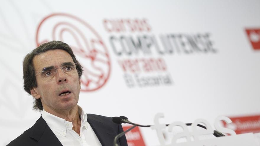 """Aznar pide a Rajoy que lidere una alternativa al independentismo y que aplique la Constitución con """"normalidad"""""""