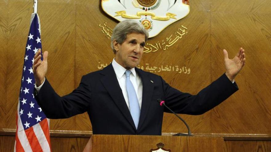 Kerry urge a oposición siria a ir a Ginebra 2 y se mantiene firme sobre Irán