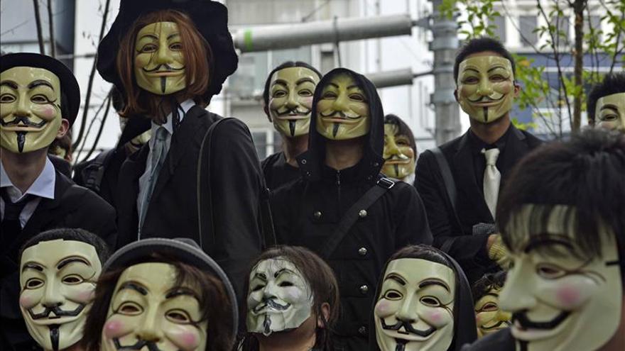 Anonymous ataca la página web del primer ministro nipón por la caza de ballenas