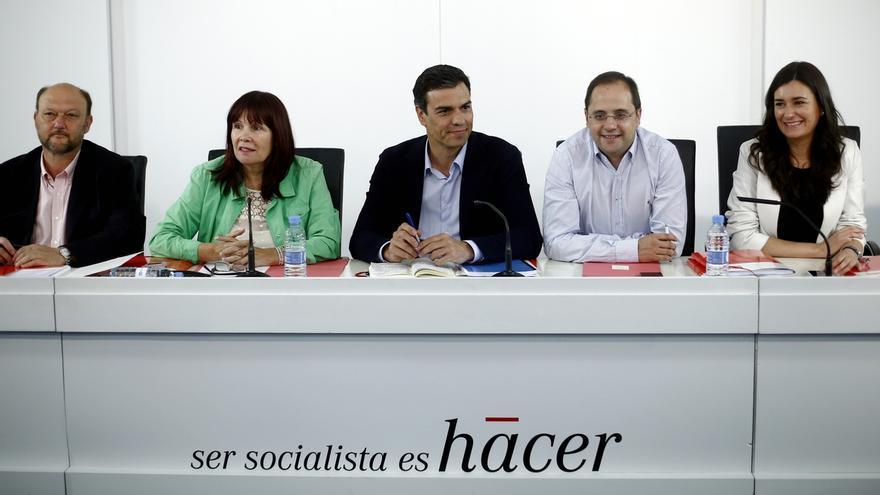 """La dirección del PSOE cree que el liderazgo de Pedro Sánchez es """"indiscutible"""" tras el 24M"""