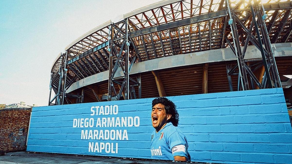 Nápoles ofrece el estadio Diego Maradona para el posible partido entre los campeones continentales.