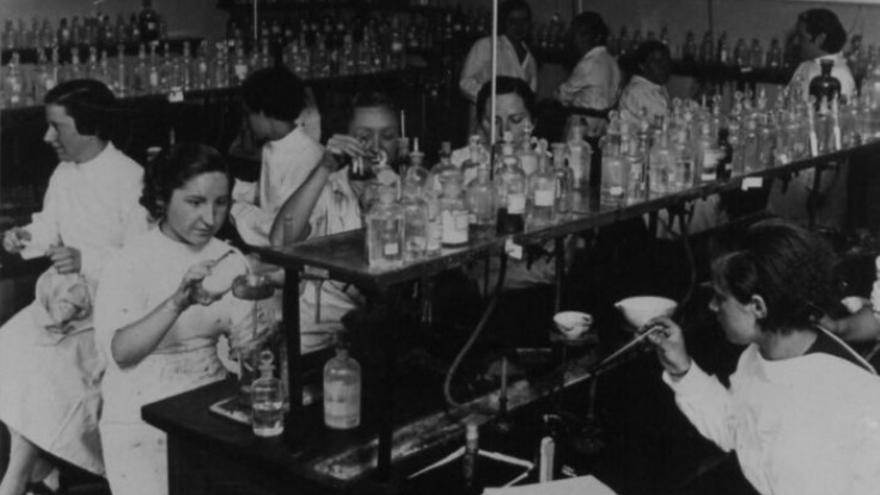 El Laboratorio Foster, hacia 1930.
