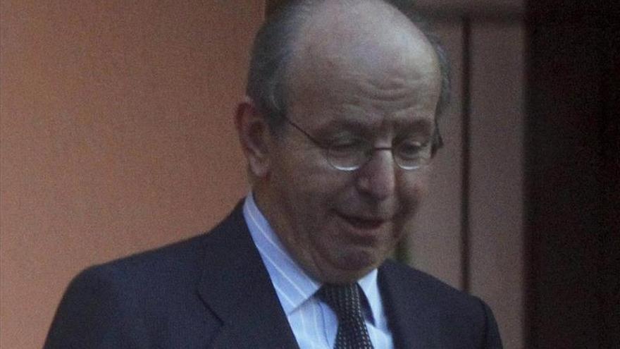 El fiscal apoya mantener la imputación de Spottorno por las tarjetas opacas