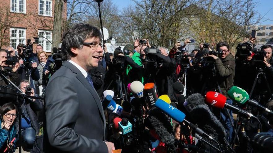 """La Fiscalía alemana tardará aún """"unos días"""" en pronunciarse en el caso Puigdemont"""