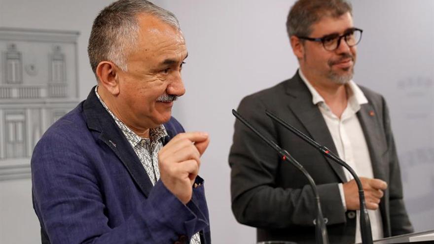 Sánchez se reunirá mañana con líderes de UGT, CCOO y los sindicatos europeos