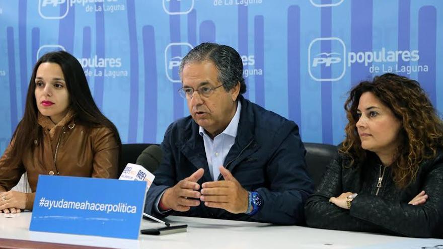 Antonio Alarcó durante la última rueda de prensa de la campaña electoral a la alcaldía de La Laguna.
