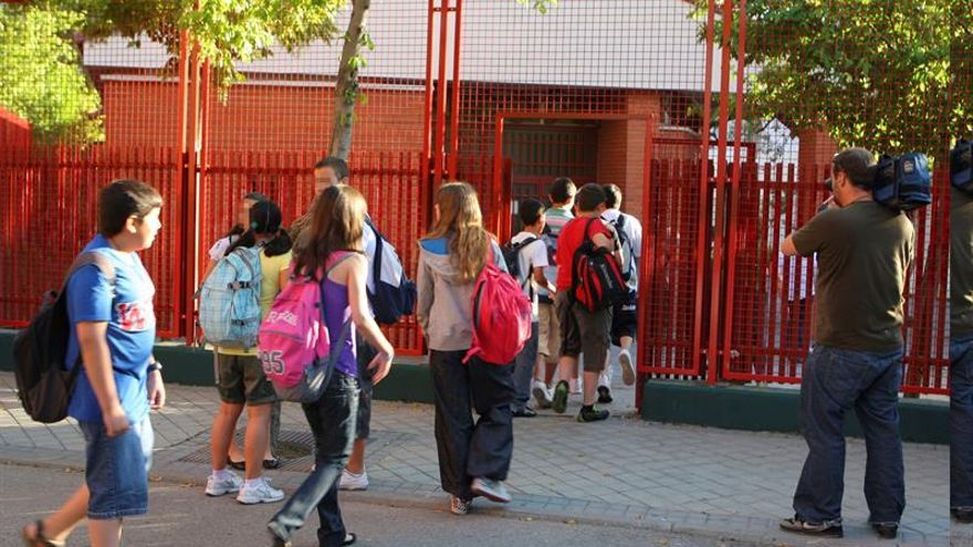 Unicef: Cada año quedan demasiados niños en España fuera del sistema educativo