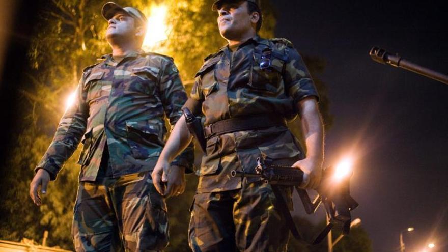 Al menos 4 muertos y 73 heridos en un atentado en El Cairo