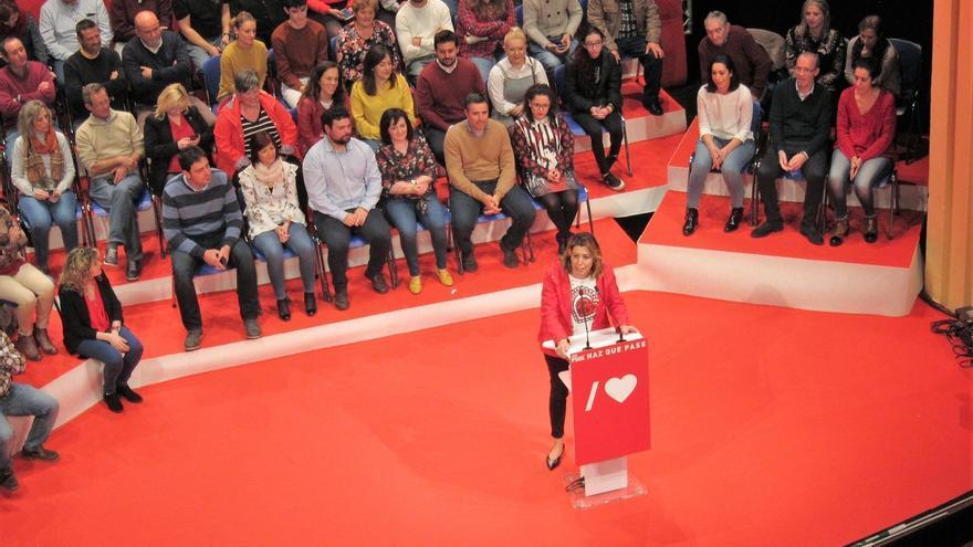 """Susana Díaz, convencida de que """"Andalucía va a ayudar y mucho a la mayoría holgada"""" que necesita Sánchez"""
