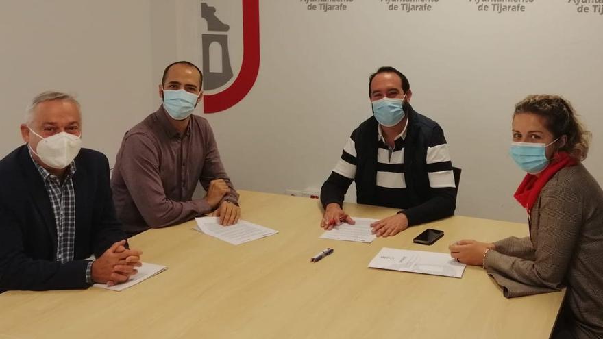 Tijarafe formaliza un convenio de colaboración con Radio ECCA