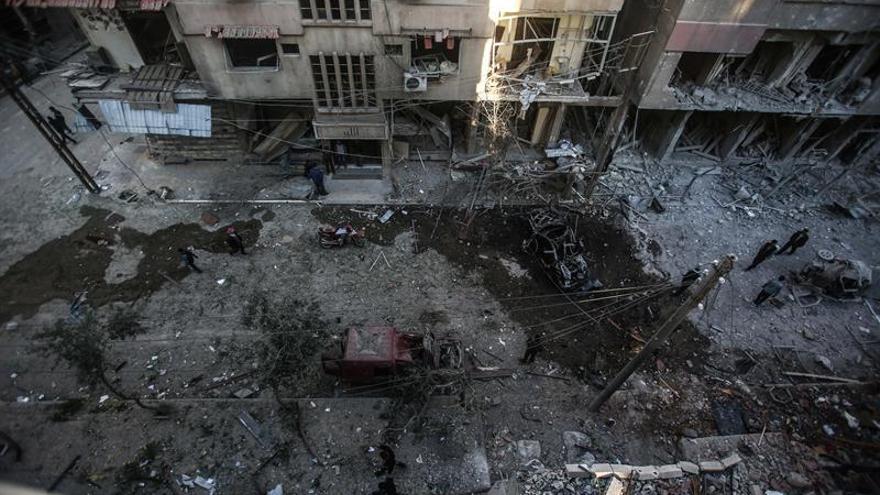Al menos diez civiles mueren en un supuesto bombardeo de la coalición en Al Raqa