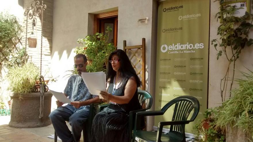 Hala Mohammad durante su recital en el encuentro con eldiarioclm.es