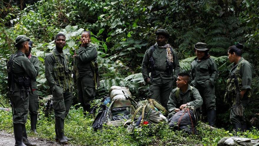 Las FARC entregan una lista de 6.804 guerrilleros listos para desmovilizarse