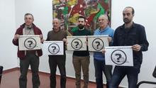 Representantes de las cinco entidades que recurrirán el proyecto ante los tribunales