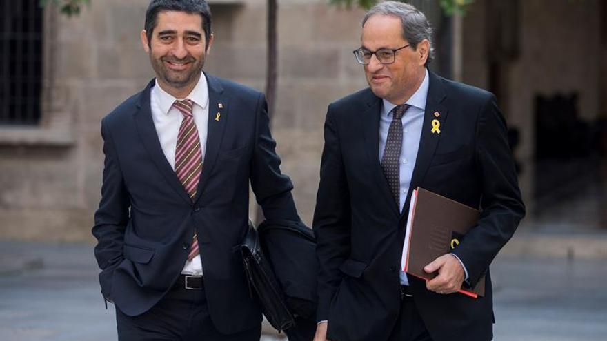 Govern acusa a Sánchez de querer llevar al TC las pagas de los funcionarios