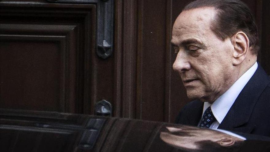 Berlusconi afrontará un nuevo juicio por el supuesto pago a un senador