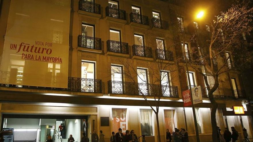 Quejas entre empleados del PSOE porque el Gordo no se repartió entre todos