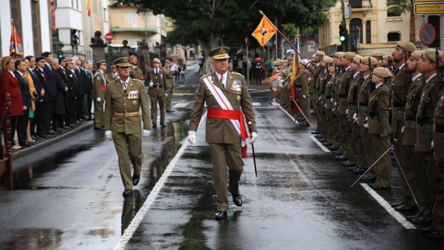 El teniente general Pedro Galán preside los actos de la Pascua Militar en Canarias.