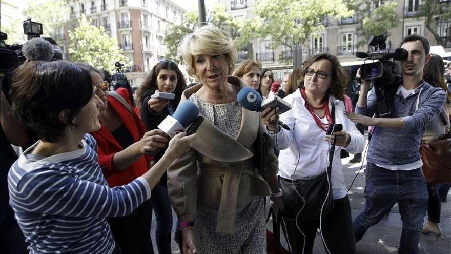 """Aguirre aboga por una """"reflexión profunda"""" tras la pérdida de votos de PP y PSOE"""