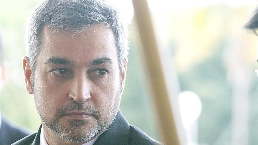 Abdo Benítez, más lejos de Israel y de Cartes al cumplir un mes de Gobierno