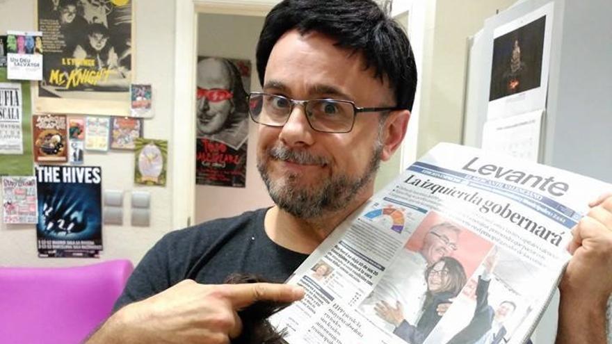 Xavi Castillo, caricaturizado como Ximo Puig