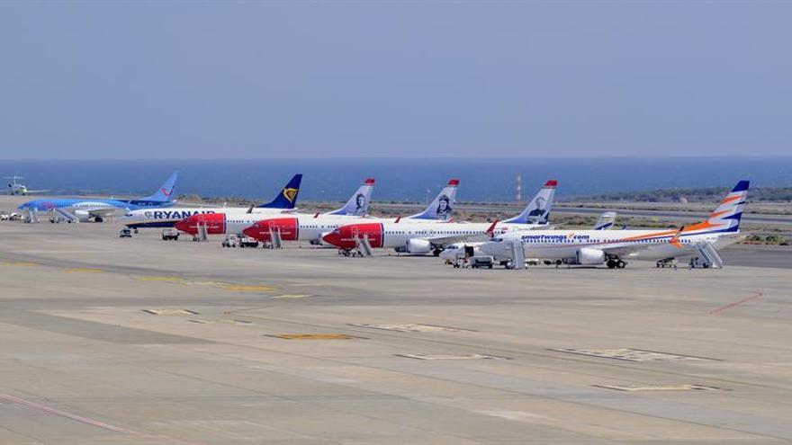 Aviones en el aeropuerto de Gran Canaria