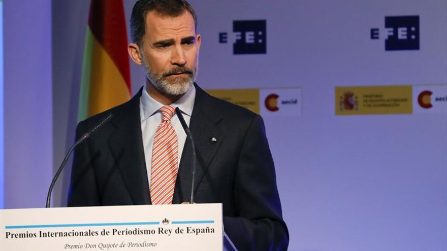 Felipe VI llama a Santos para expresarle su apoyo por la tragedia de Mocoa