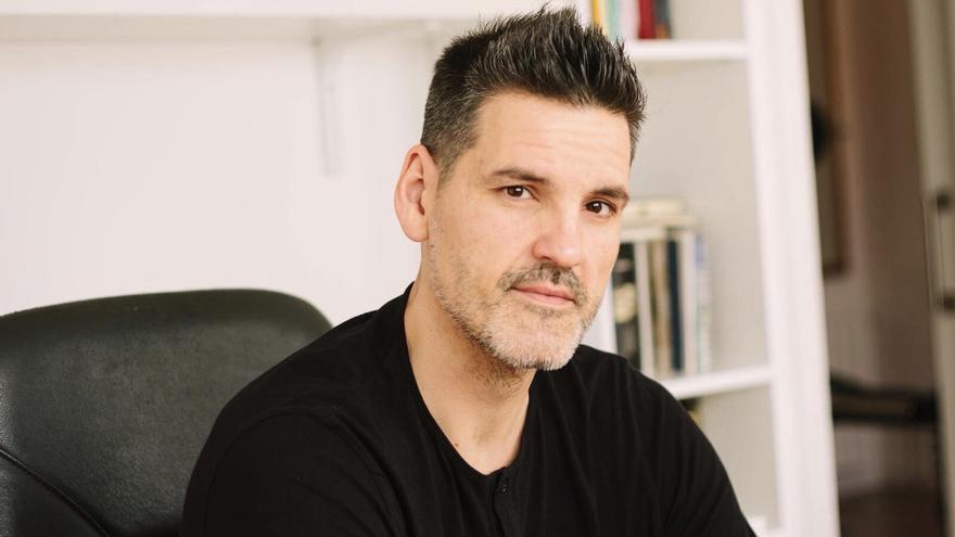 J.C. Sánchez, autor de 'Cuando tomábamos café'