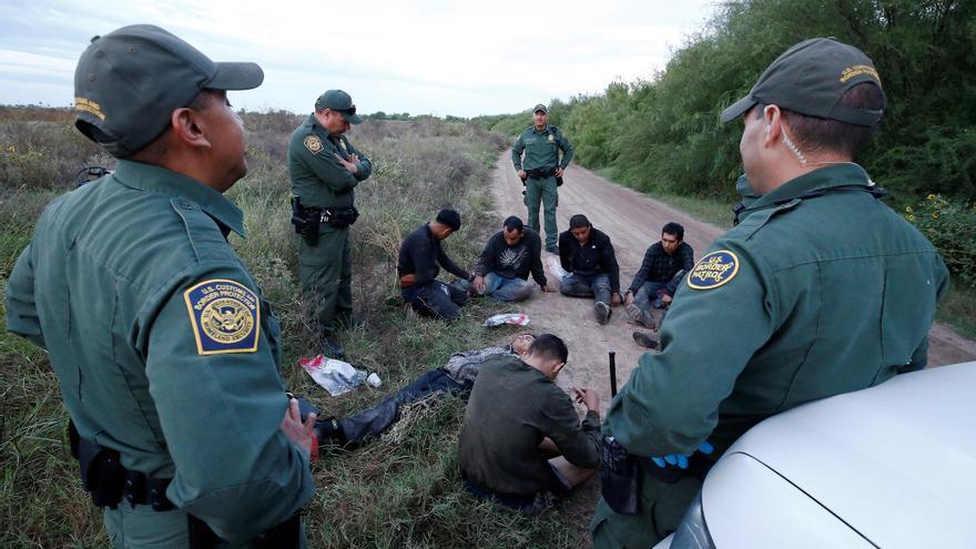Biden afronta un récord histórico de llegada de inmigrantes menores a EE.UU.