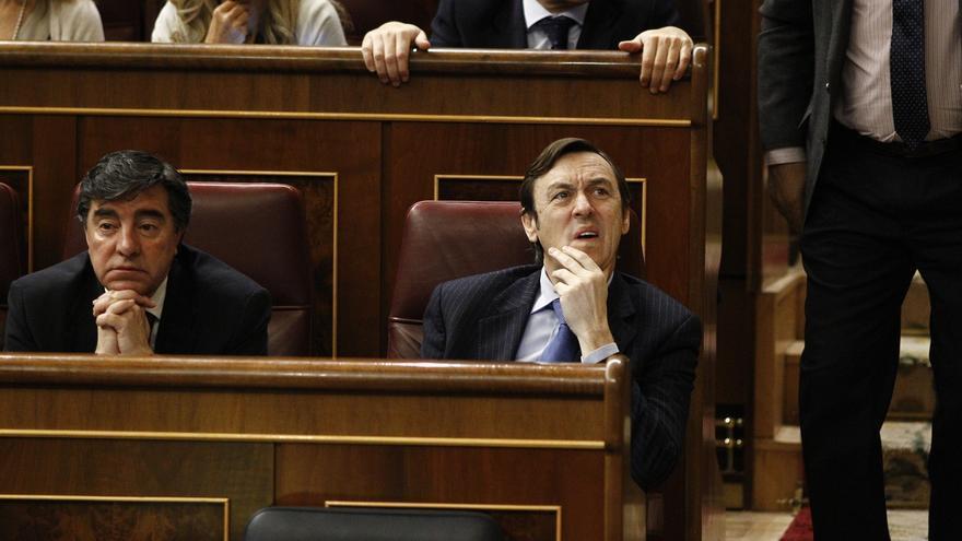 PP multará a los cinco diputados que no votaron a favor de la reforma del aborto, entre ellos el cántabro Javier Puente