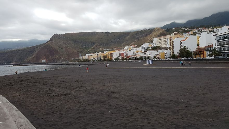 Playa de Santa Cruz de La Palma. Foto: LUZ RODRÍGUEZ.