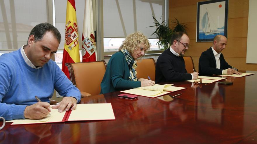 Gobierno y sindicatos firman el acuerdo de complementos retributivos del personal docente e investigador de la UC