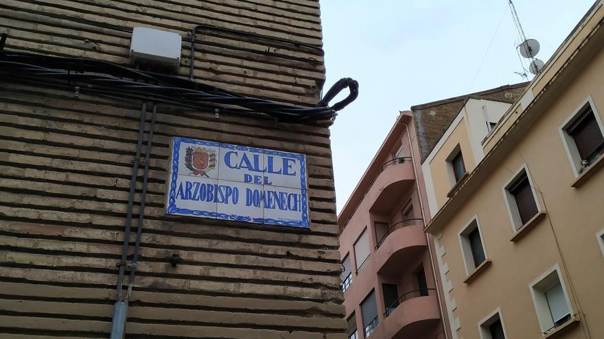 Estaba previsto que la calle Arzobispo Domenech pasara de denominarse Emilio Gastón.