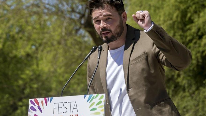 ERC ganaría próximas elecciones catalanas, muy lejos de PDeCAT, según un sondeo