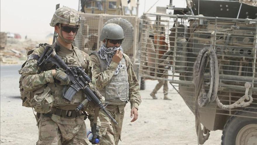 EE.UU. investiga si mató por error a 17 policías en un bombardeo en Afganistán