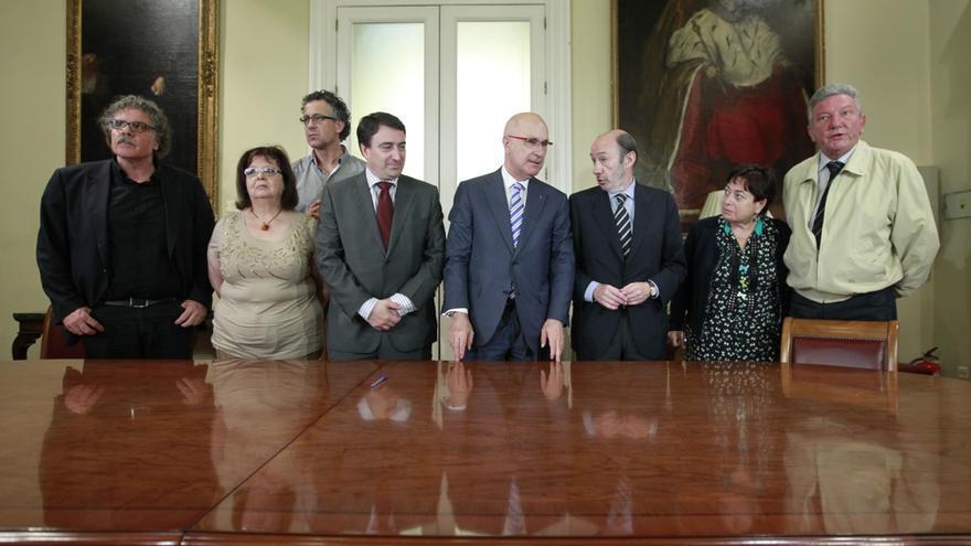 Firmantes del acuerdo para derogar la LOMCE / Foto: PSOE