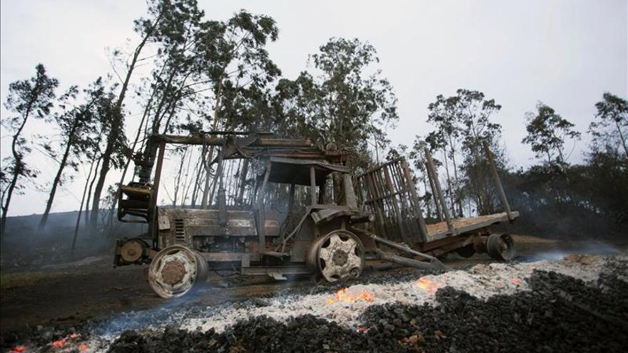 Trece incendios activos en Asturias, diez de ellos controlados