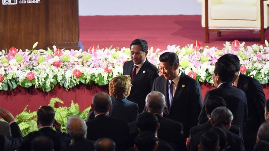 Bachelet: Iniciativas de EEUU y China para impulsar comercio se complementan