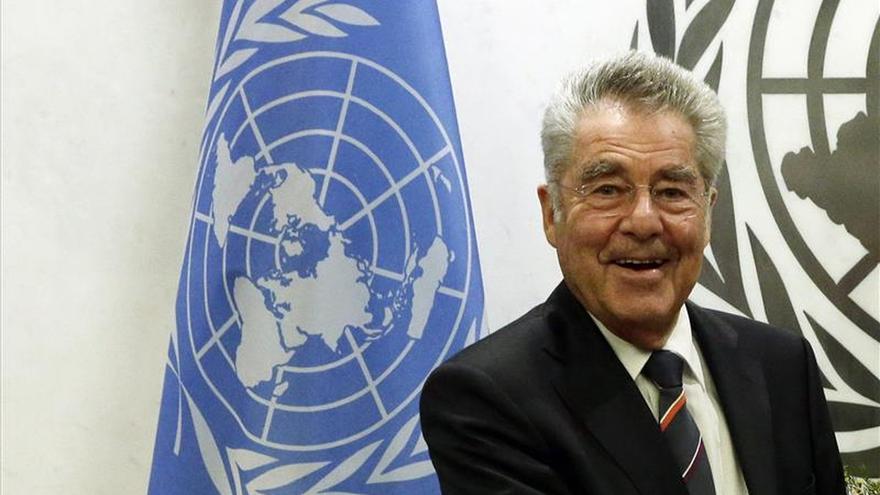 Bolivia homenajeará a Fischer por ayudar a Morales en la crisis del avión en 2013