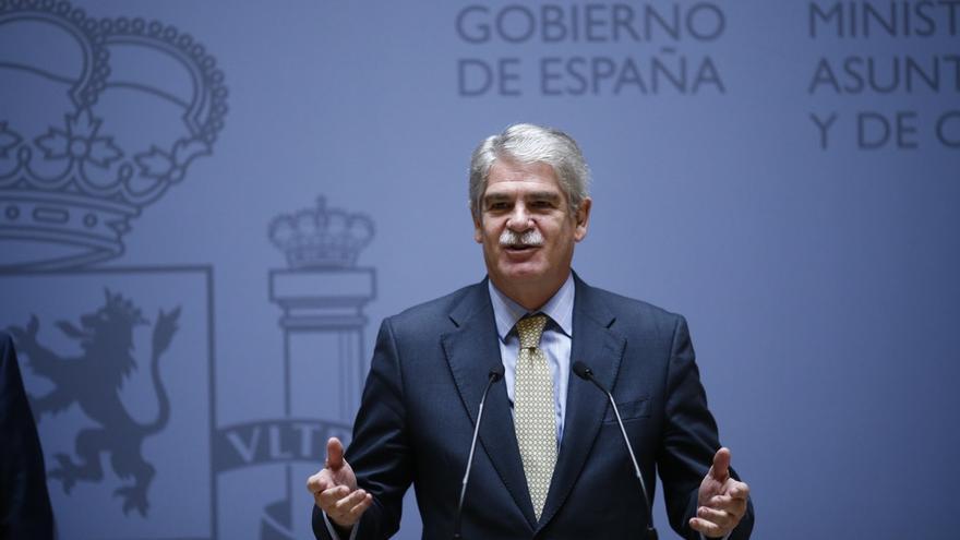 Dastis cesa en bloque a los embajadores que prorrogó Margallo pese a haber cumplido la edad de jubilación