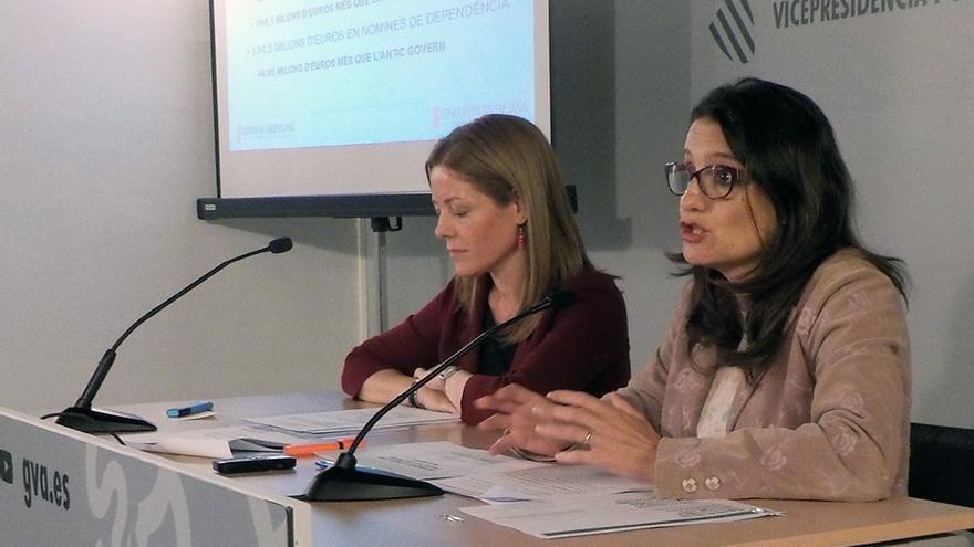 La vicepresidenta del Consell, Mónica Oltra, junto a la secretaria autonómica Clara Ferrando