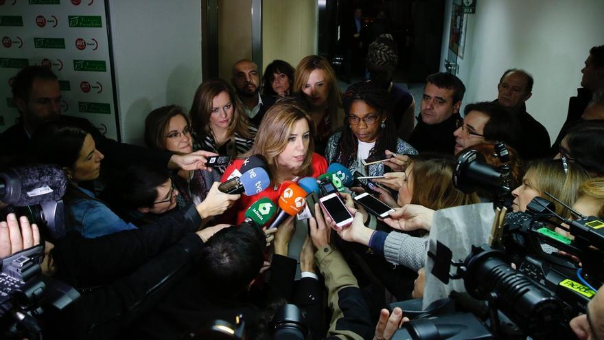 """Susana Díaz tiene """"confianza total"""" en la comisión negociadora PSOE-PSC y apoyará lo que decida"""