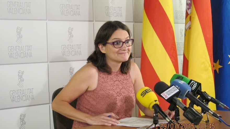 """Oltra """"muy contenta"""" por el acuerdo entre Podemos e IU que espera poder cerrar en la Comunitat con Compromís"""