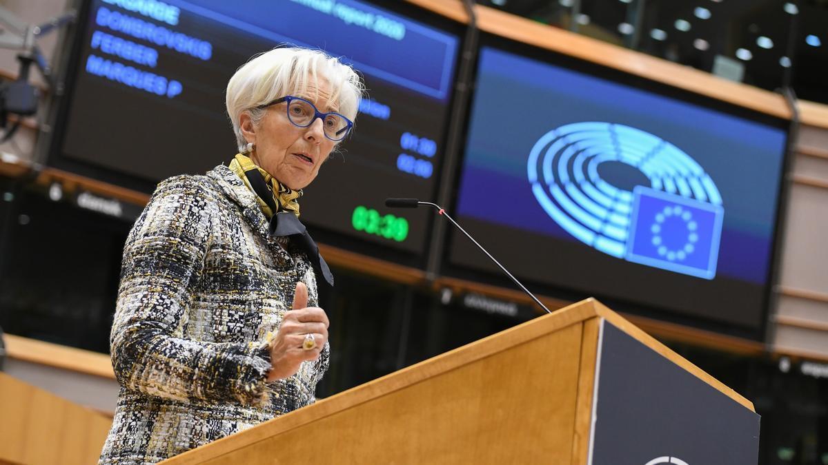 La presidenta del Banco Central Europeo, Christine Lagarde, en el pleno del Parlamento Europeo.